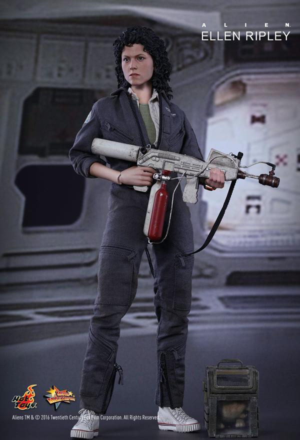Hot_Toys_Ripley 01