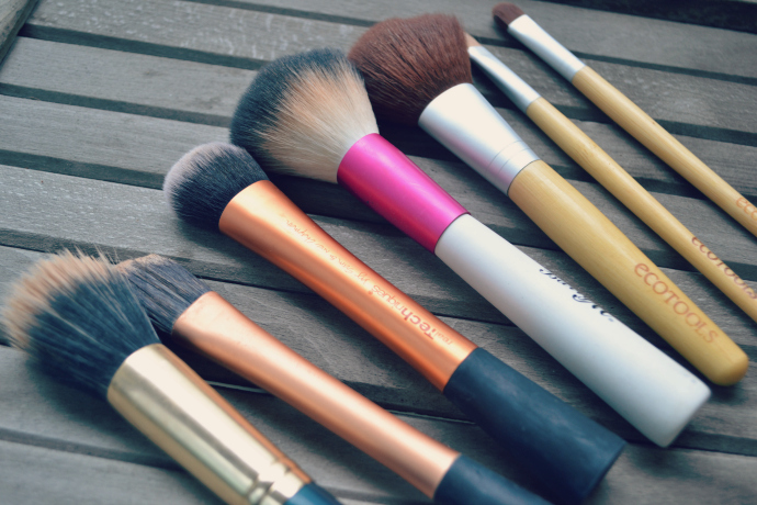 cruelty-free make-up brushes