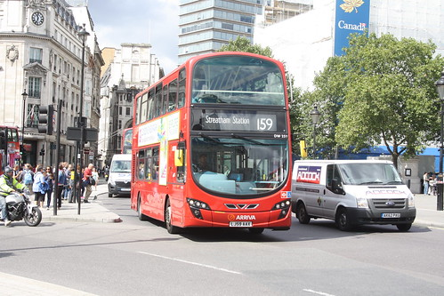 Arriva London South DW251 LJ59AAX