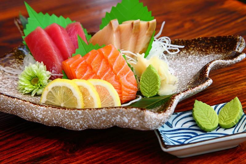 Aki-Sashimi-Moriawase