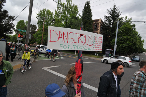 Protest on SE Powell-2.jpg
