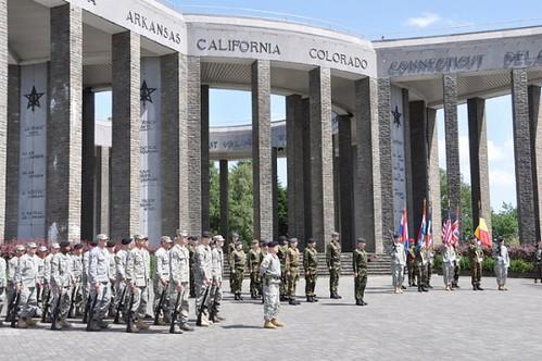 Bastogne-Memorial-2015