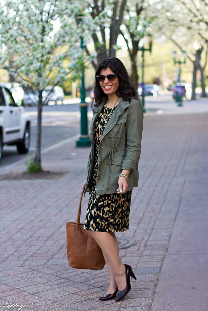 leopard dress, utility jacket, brown leather tote-3.jpg