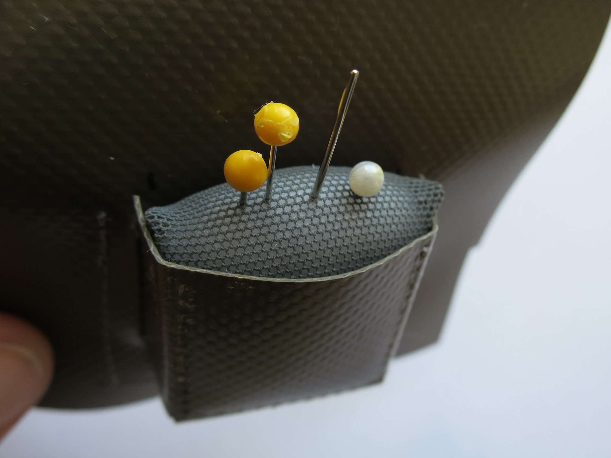 Pin storage pouch