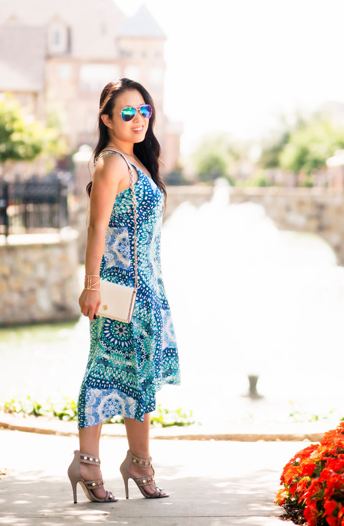 cute & little blog | petite fashion | garnet hill high-low hem swim cover-up dress, shoedazzle azurra nude studded sandal heels, blue mirrored aviator sunglasses, tory burch robinson wallet on chain | summer outfit