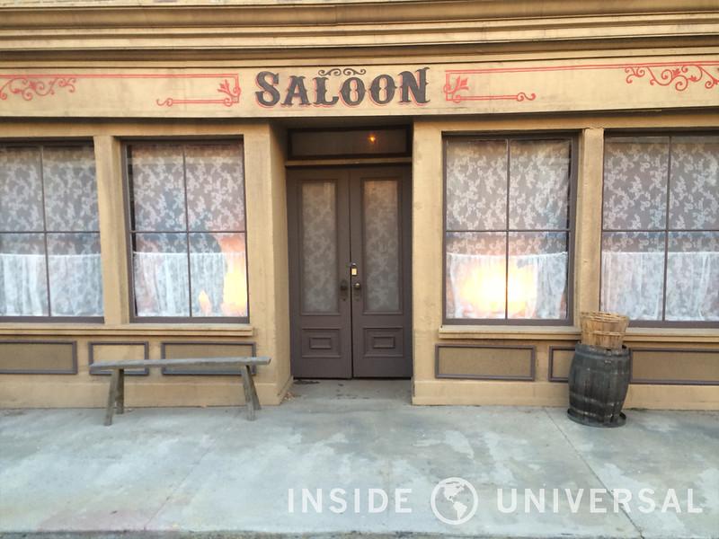 Universal Begins Testing New Nighttime Studio Tour