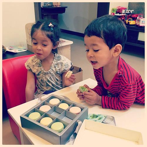 Macaroons! #taiwan #macaroons #family #dessert