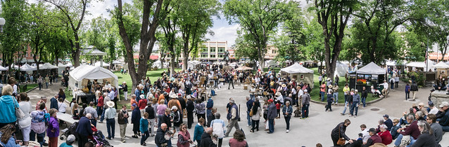 Pano of Crowd at the 2015 Phippen Western Art Show