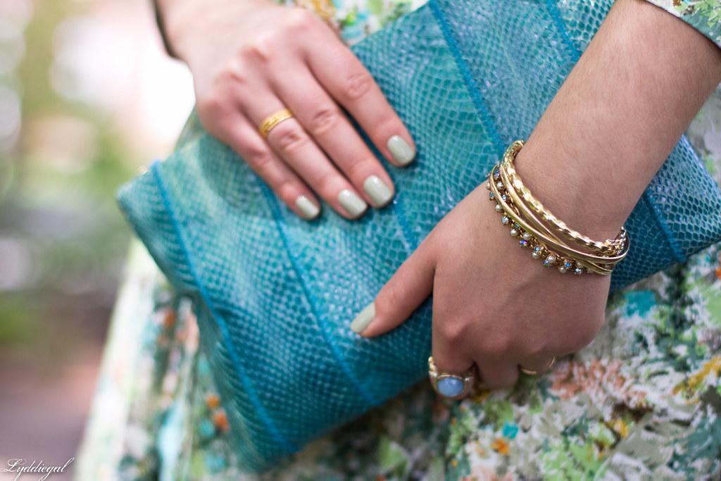 vintage floral dress, turquoise snake skin clutch-7.jpg
