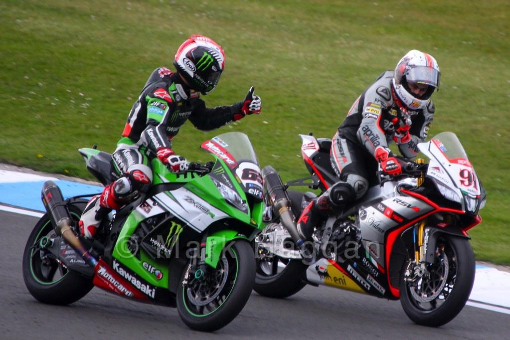 Jonathan Rea congratulates Leon Haslam after the World Superbikes Race 2 at Donington, May 2015