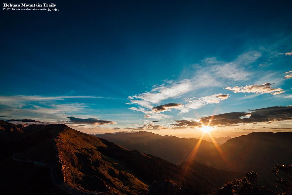 石門山.日出