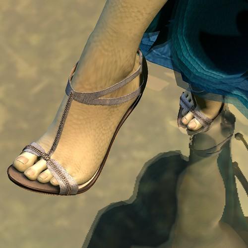 KC Couture: 21 Shoe
