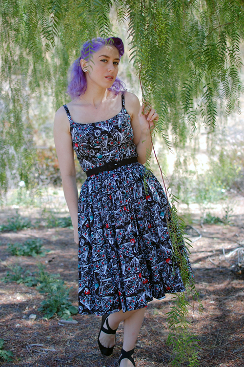 Pinup Girl Clothing Jenny dress in Black Spanish Fan print