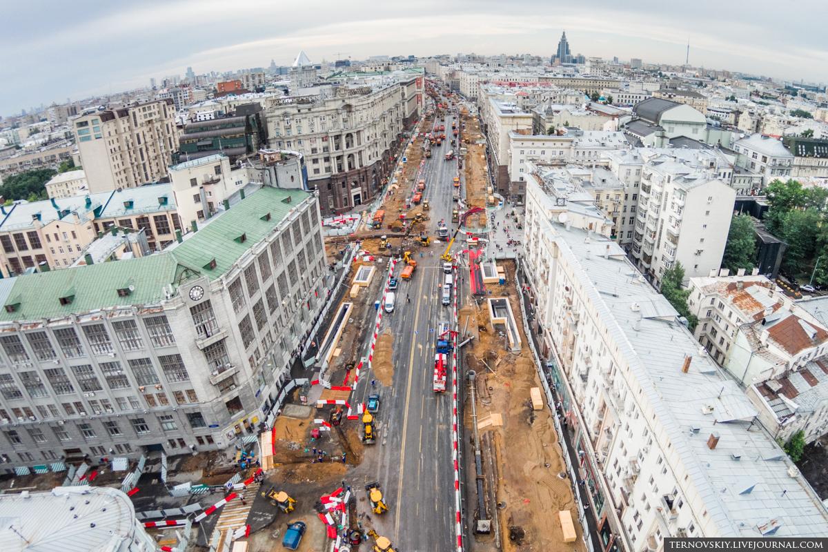 Тверская-улица,-вид-от-театра-Ермоловой-в-область-mini