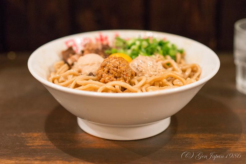 日の出ラーメン ガッツ麺DX