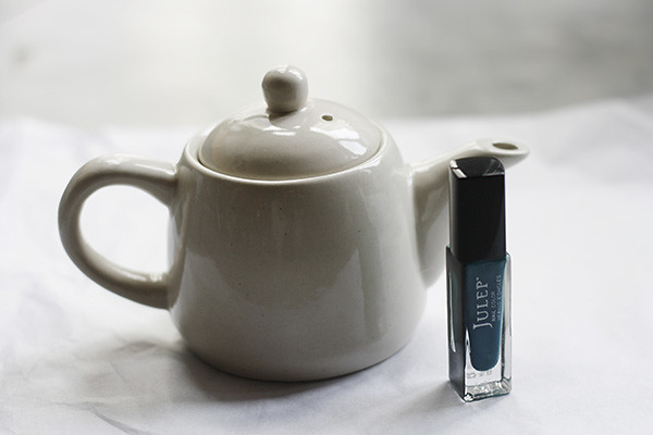 nailpolish-teapot-diy-supplies