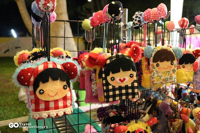hua-hin-3d2n-weekend-cicada-market-hua-hin-thailand