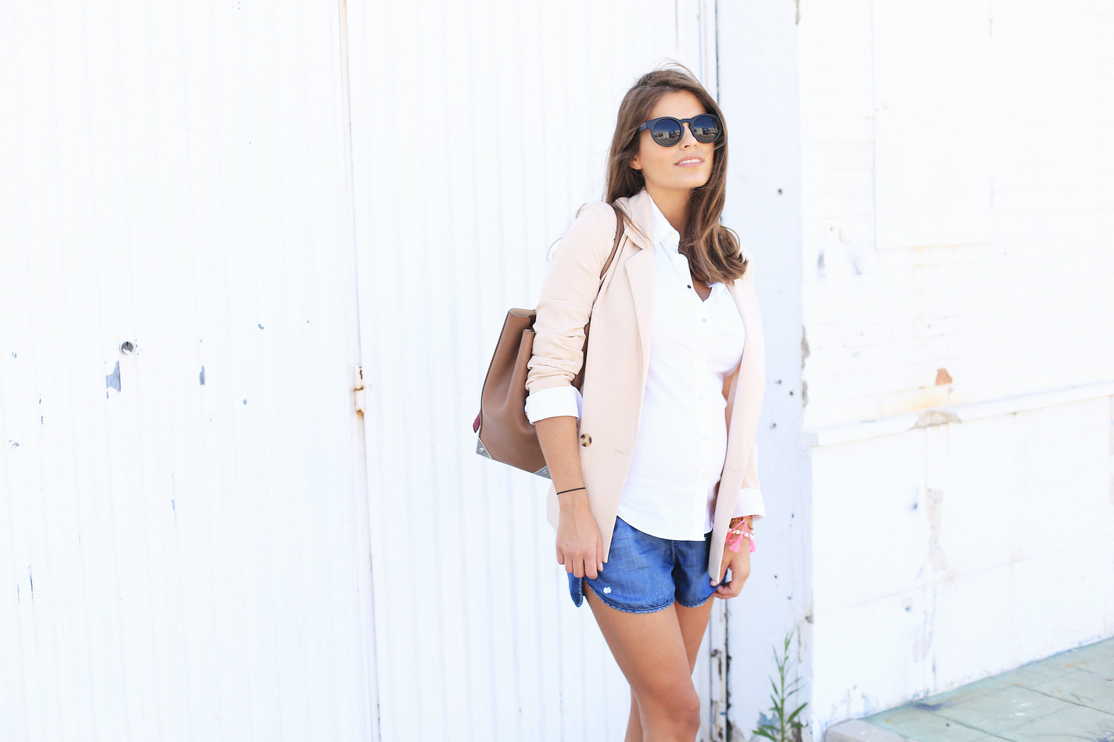 jessie_chanes_seams_for_a_desire_alexander_wang_bag_denim_shorts_nude_blazer_9