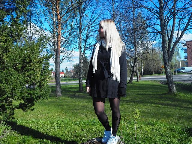 kevätaurinko2JPG,kevätaurinko1, kevät, spring, aurinko, sun, green, vihreä, vihertää, luonto, nature, outfit, asu, asusteet, asukuva, outfitpost, päivänasu, outfitoftheday, aurinko, sun, kevät, spring,