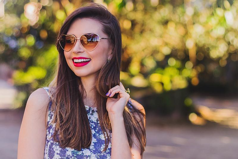 5-look do dia vestido florido com camisa jeans amarrada jana taffarel blog sempre glamour