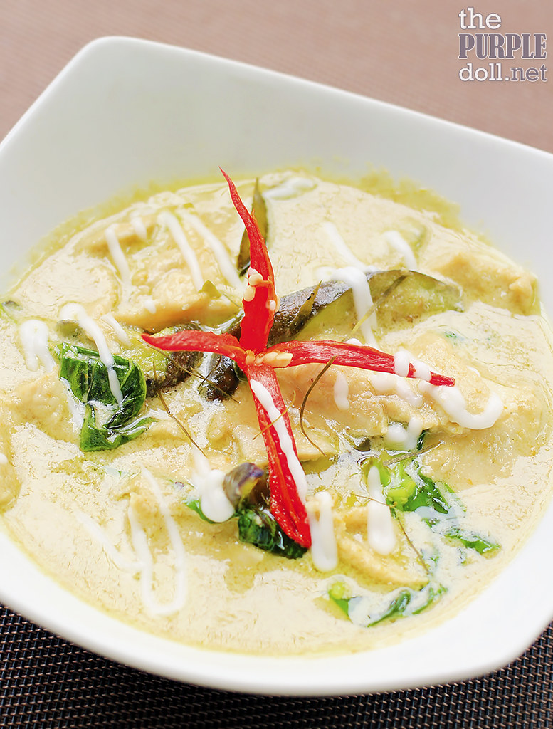 Green Chicken Curry (P328)
