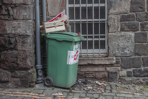 About Edinburgh [Old Tolbooth Wynd] - 03