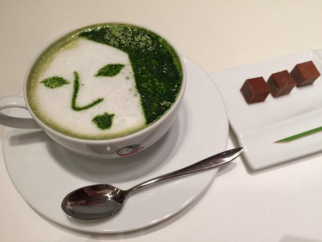 抹茶ラテと柚子風味チョコレート