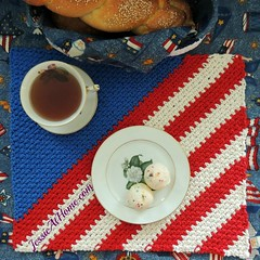 Crochet-Patriotic-Placemat-from-Jessie-At-Home-3