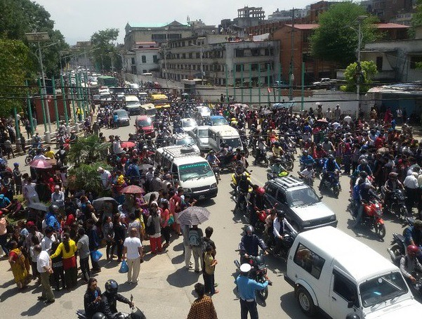 Nuevo sismo de 7.3 grados en Nepal; hay 58 muertos