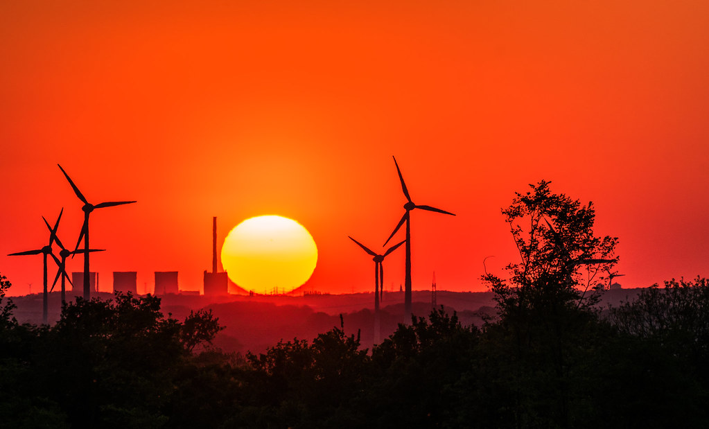 Sonnenuntergang im östlichen Ruhrgebiet