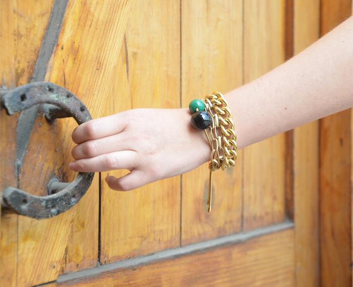 pulseras doradas