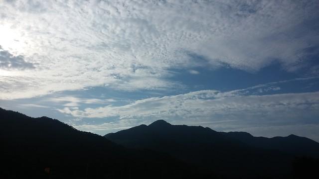 매일 같은 하늘 매일 다른 구름