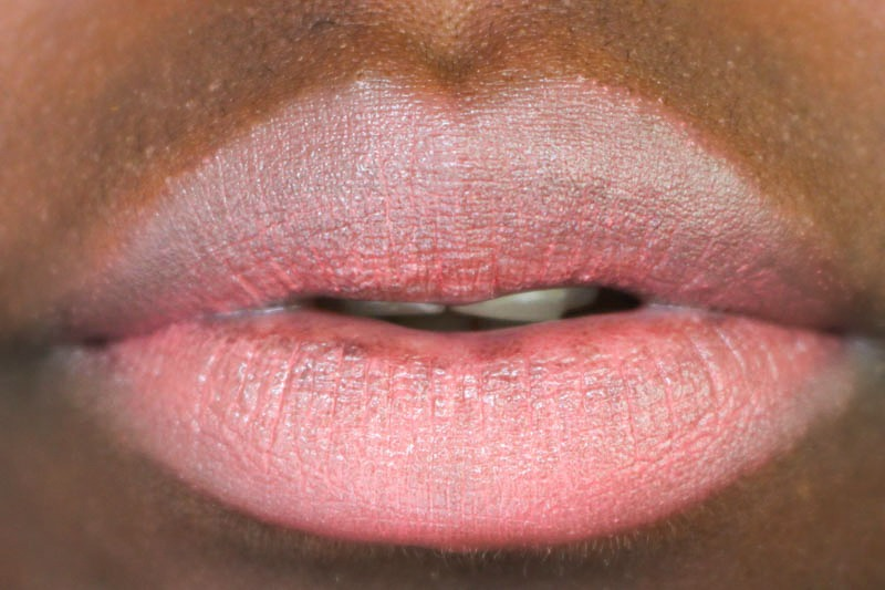 Kiss_Cosmetics_Review_Breezy_Coral_Swatch