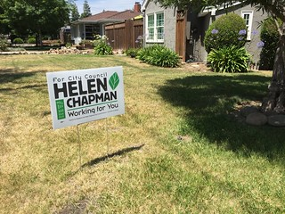 Helen Chapman sign Willow Glen 8 June 2016