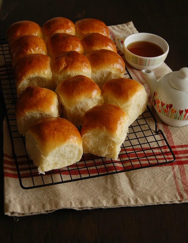 Milk rolls / Pãezinhos de leite