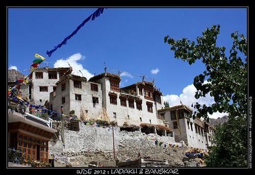 JOUR 24 : 20 AOUT 2012 : KANGI (FIN DU TREK) - MONASTÈRE DE LAMAYURU (3800M) - LEH (3500M)