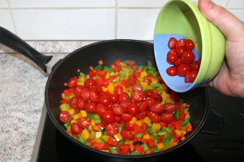 35 - Kirschtomaten dazu geben / Add cherry tomatoes