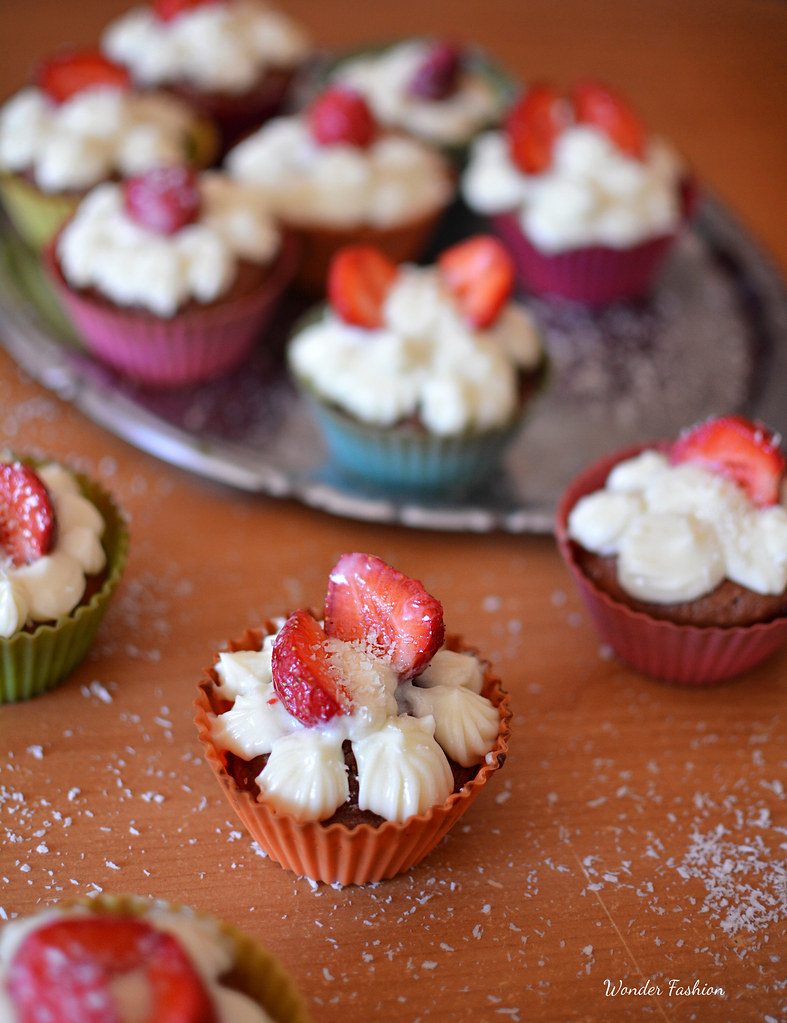strawberry cupcakes9