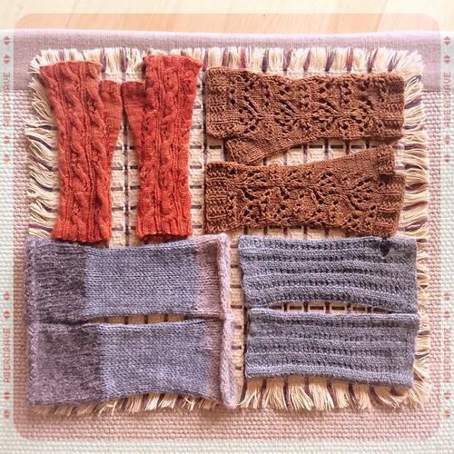 Won't be needing these again till fall (I hope!) #fingerlessmitts #knit #knitting #knittersofinstagram #knitstagram