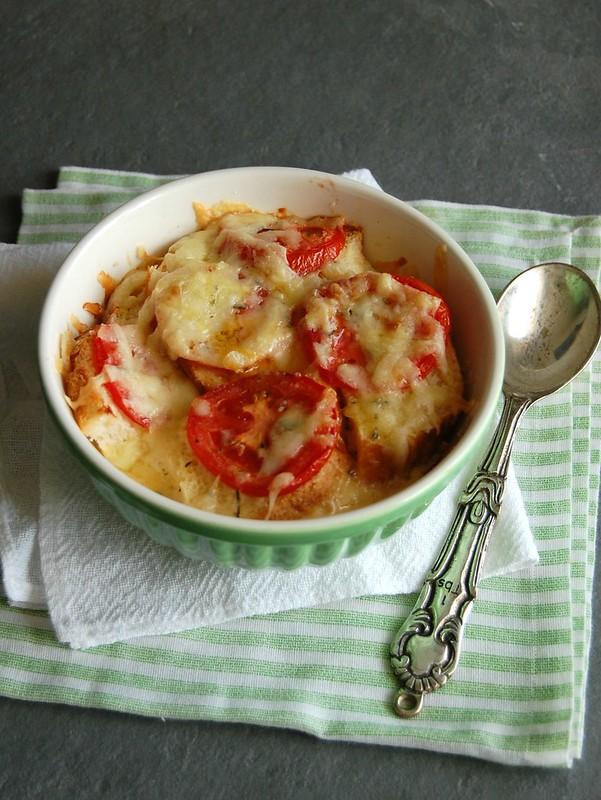 Tomato and rosemary strata / Strata de tomate e alecrim