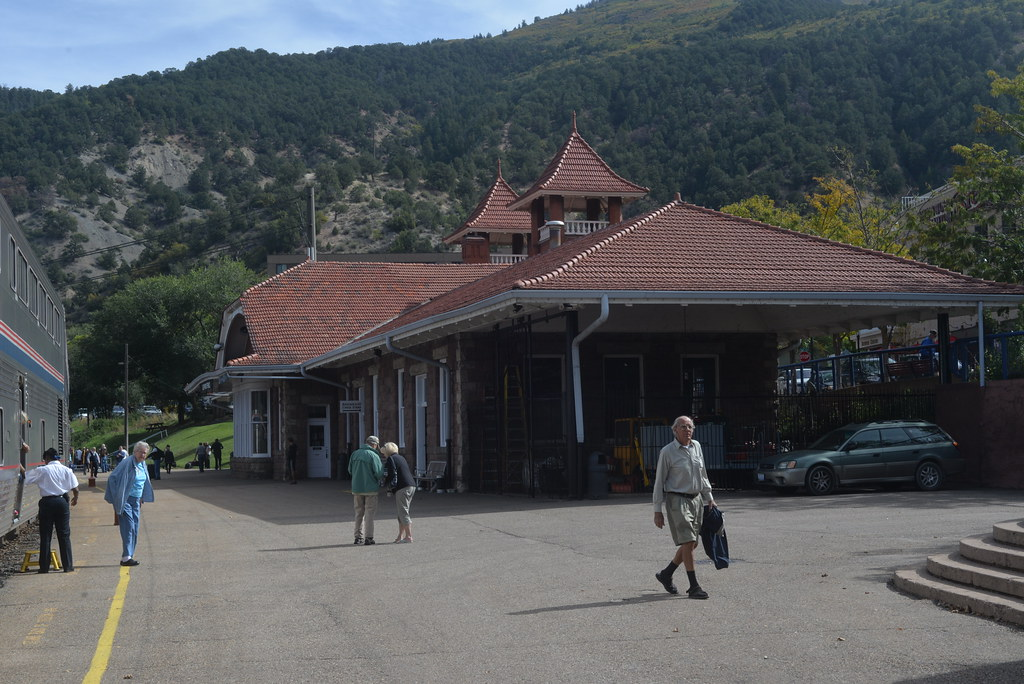 Glenwood Springs station CO 10-7-14 1