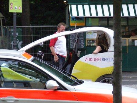 obiective turistice berlin velotaxi