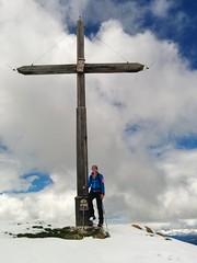 Geschafft, am Gipfelkreuz des Lungkofels