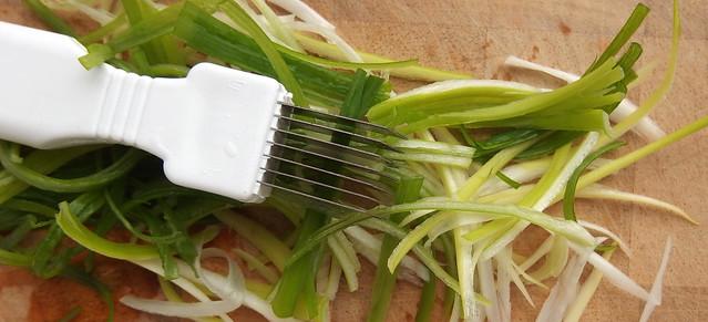 lentie-ui julienne snijden
