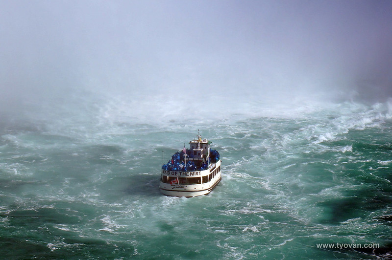 Maid of the mist, boating under Niagara Falls.