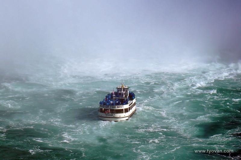 Maid of the mist, boating under Niagara Falls.