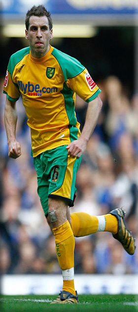picture of Darren Huckerby Norwich player
