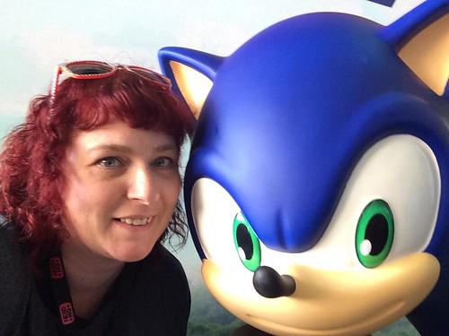 me sonic selfie
