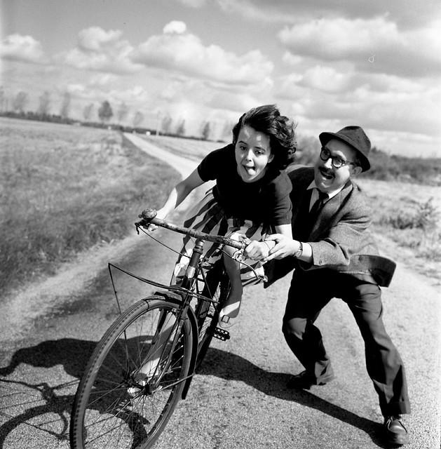 robert-doisneau-bike-lesson