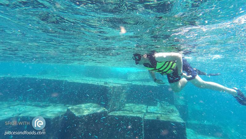 maiton island diving near the wall kai
